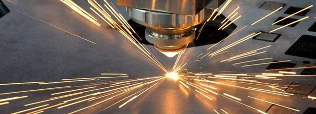 时间久了光纤激光切割机该如何调试精度?
